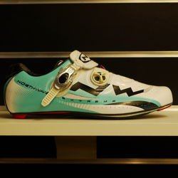 Buty rowerowe szosowe NORTHWAVE Extreme Tech SBS CARBON white / l.blue